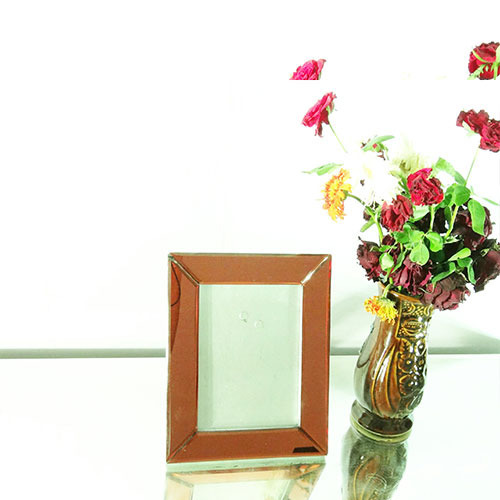 Red Mirror Photo Frame - PF15